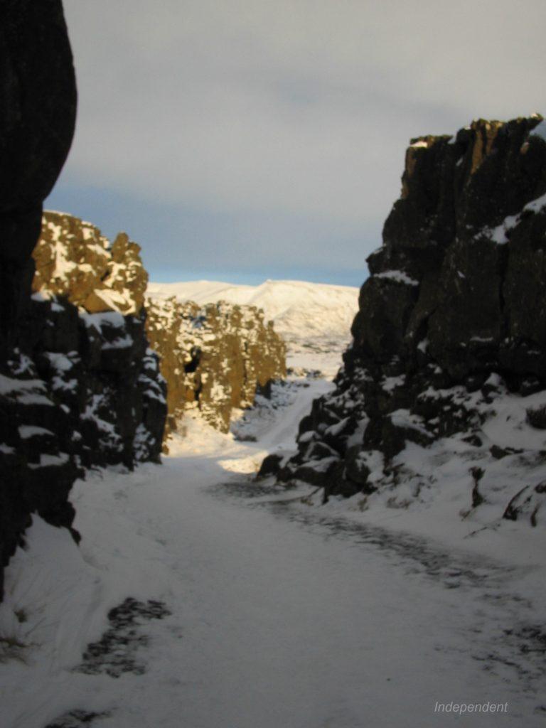 シングヴェトリル国立公園þingvellir
